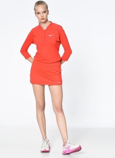 Etek-Nike